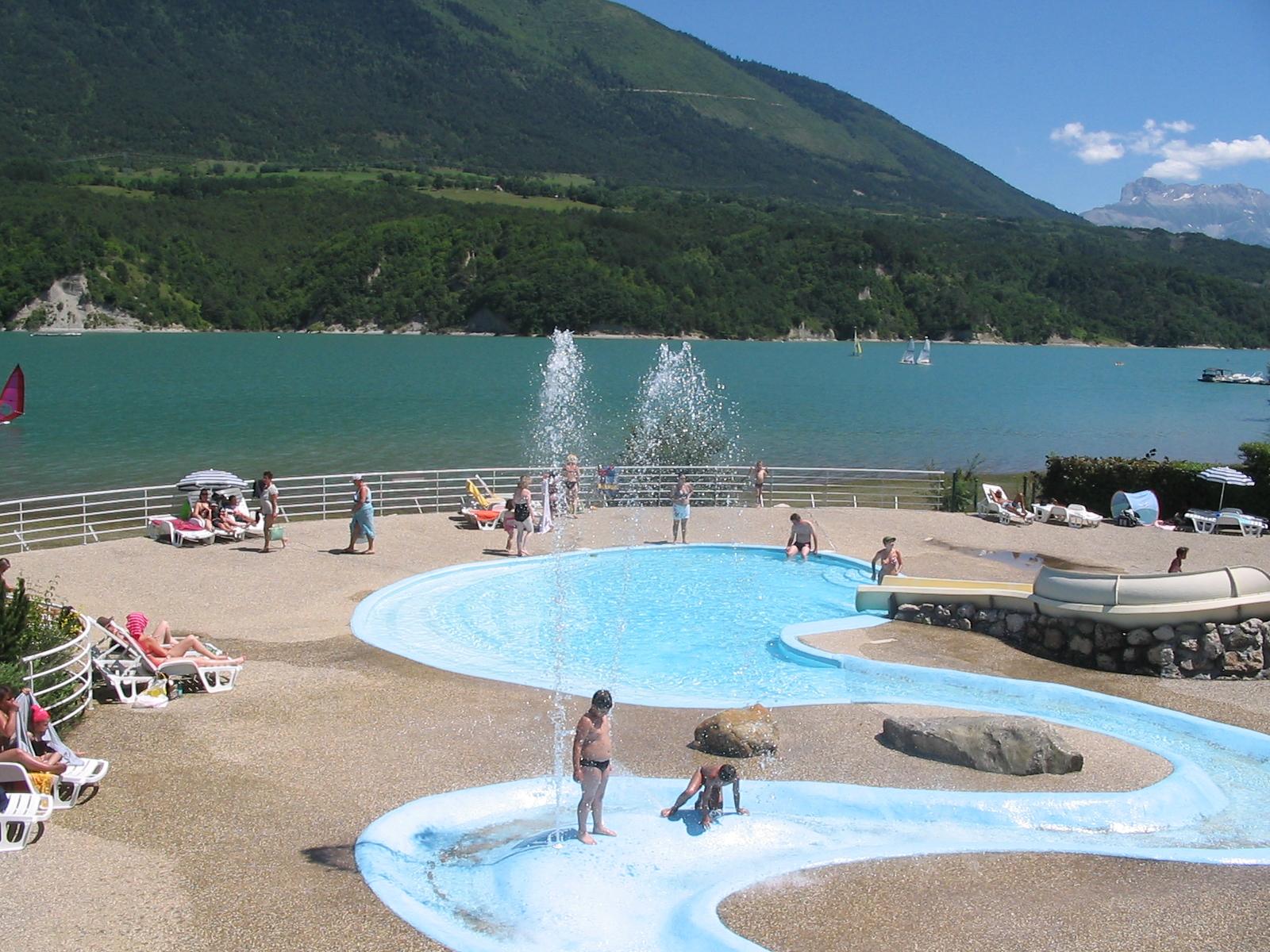 36152 jeux d eau lac de monteynard gerard julien 1